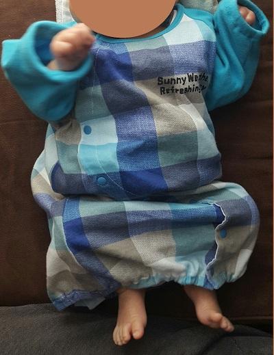 赤ちゃんベビー服サイズ80のロンパース